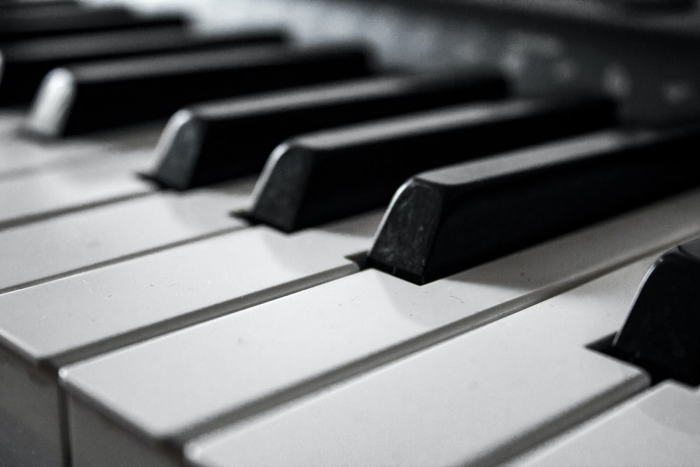 HOW LONG DOES IT TAKE TO TUNE A PIANO