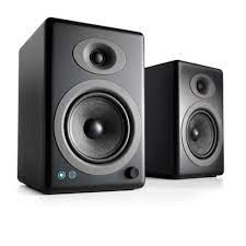 How to Fix Static Noise From Speakers